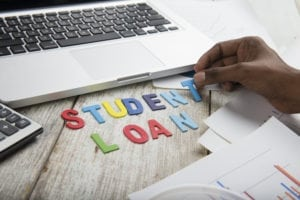 4 Tips To Get Yourself Out Of Student Loan Debt