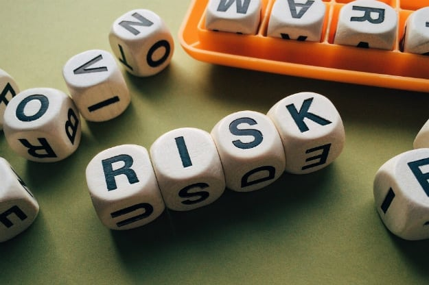 Student Loan Risks Parent Borrowers Should Avoid | Student Loans with Cosigner: Financial Risks