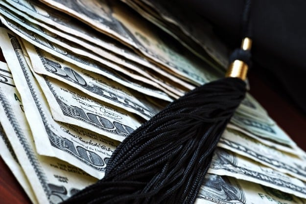 7 Grants to Pay off Student Loans | Which Student Loan Repayment Plan Should I Choose: Finding The Best Repayment Option According to Your Budget